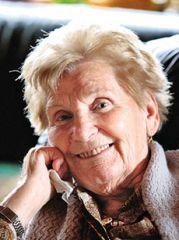Stöger Hilda